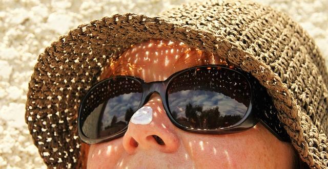 知らなきゃ損する「日焼け止め、紫外線対策」に役立つ商品3タイプをおさらい!